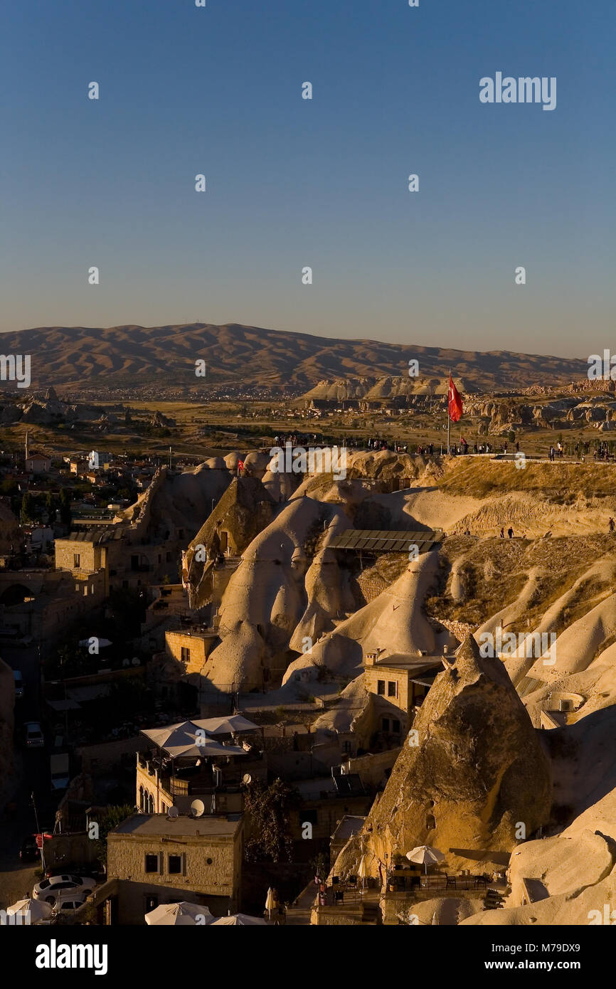 People gather on the observation deck to watch the sunset. Goreme, Turkey. - Stock Image
