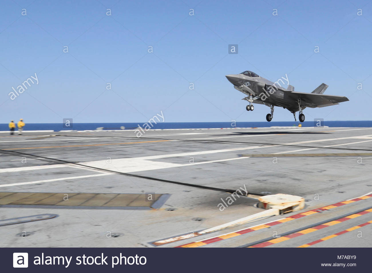 Sept. 4, 2017) An F-35C Lightning II assigned to the Grim Reapers of Strike Fighter Squadron (VFA) 101 lands on - Stock Image