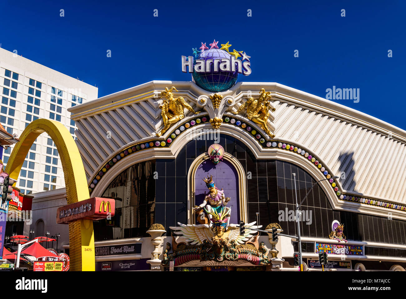 The USA, Nevada, Clark County, Las Vegas, Las Vegas Boulevard, The Strip, Harrah's, entrance - Stock Image