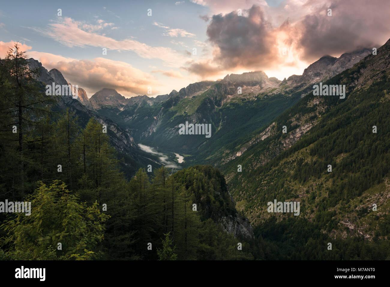 View into the Soca Valley in the Triglav National Park, peaks of Bavski Grintavec, Veliki Jelenc, Pelc Nad Klonicami Stock Photo