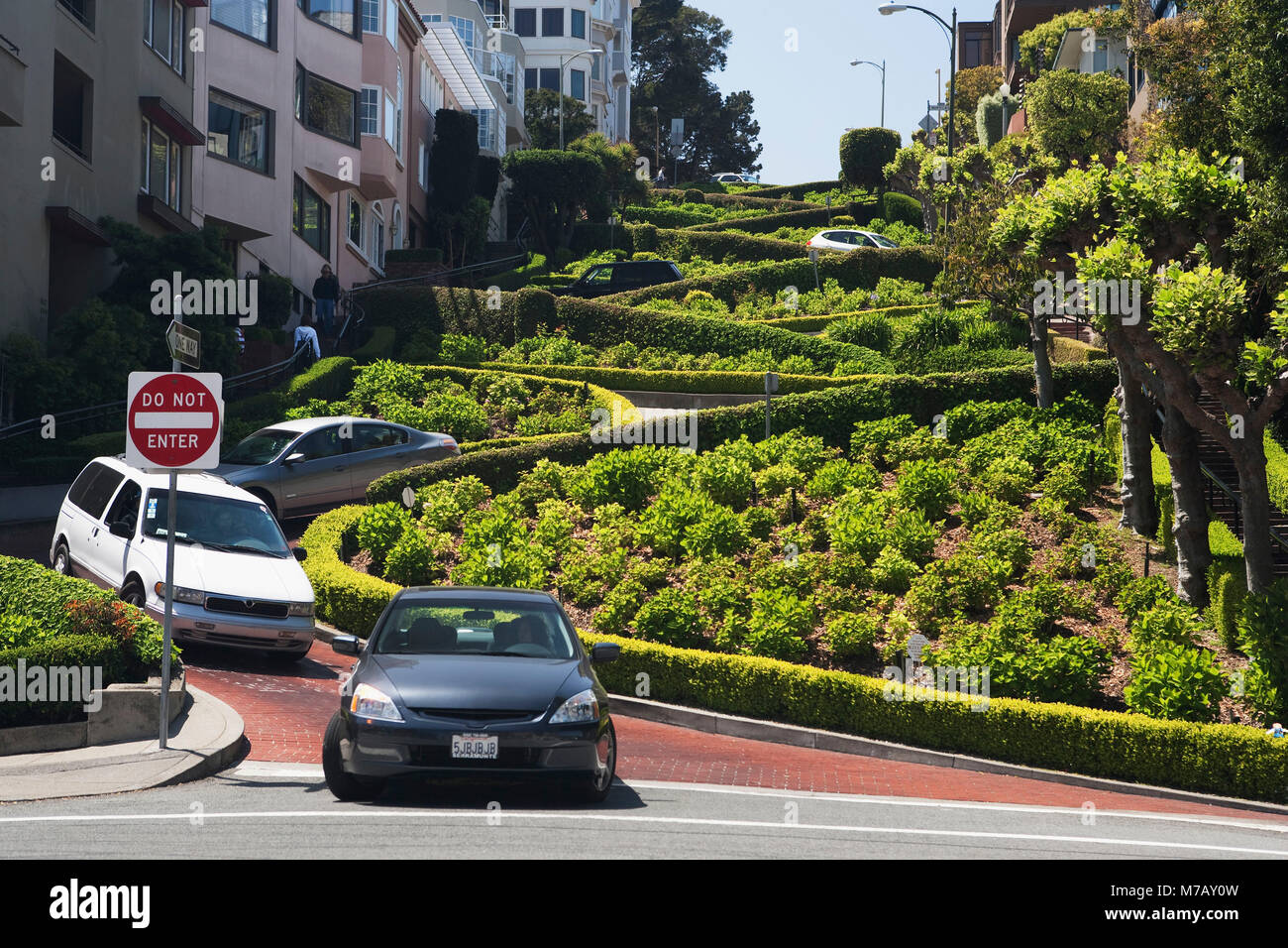 Cars on the road street, Lombard Street, San Francisco, California, USA - Stock Image