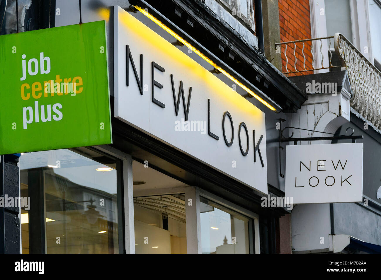 Bridport, Dorset, UK.  9th March 2018.  New Look shop at Bridport in Dorset.  Up to 60 branches are set to close Stock Photo