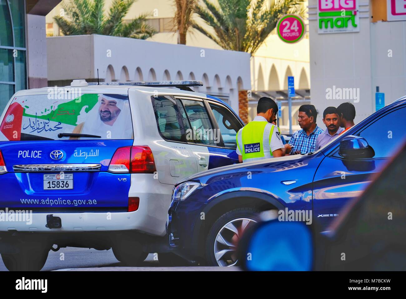 Tourist Club Area, Abu Dhabi, UAE -10th March, 2018: Abu Dhabi Police performing on routine and random Inspection - Stock Image