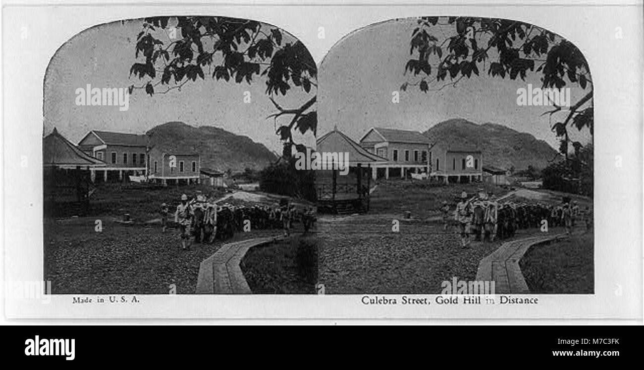 Culebra Street, Gold Hill in distance LCCN2002697901 - Stock Image