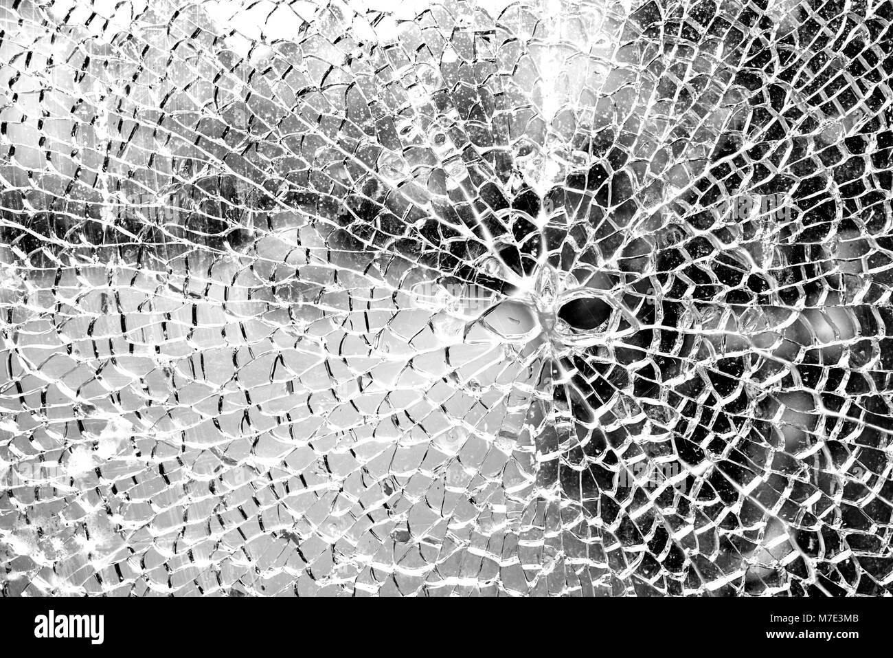 Zersprungene Glasscheibe - Stock Image