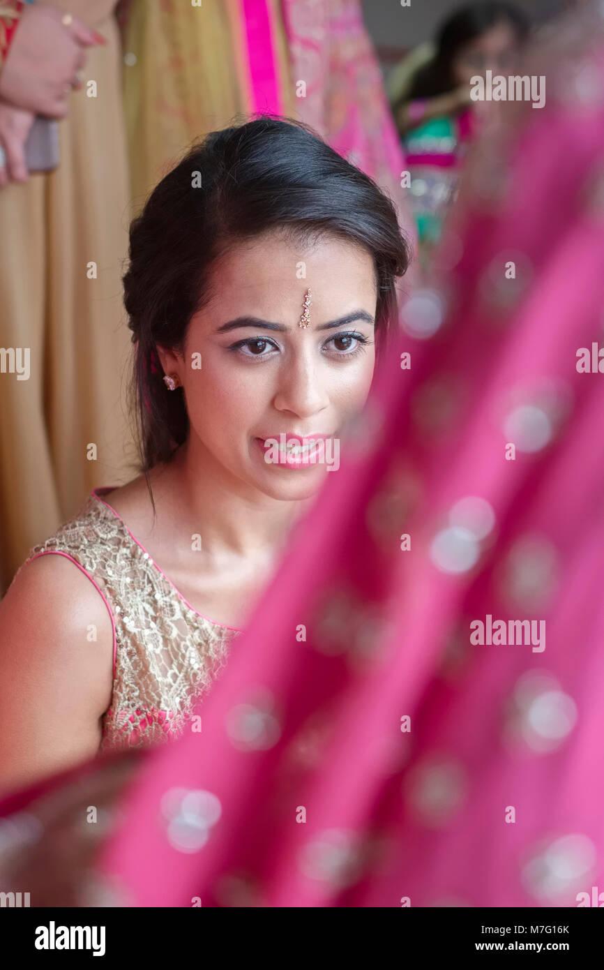 Indian Sikh Wedding Stock Photos & Indian Sikh Wedding Stock Images ...