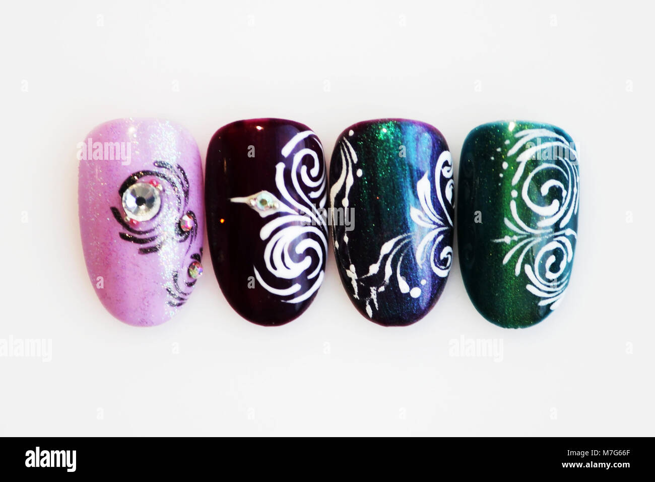 four plastic tips for nail extension and training in applying design ...