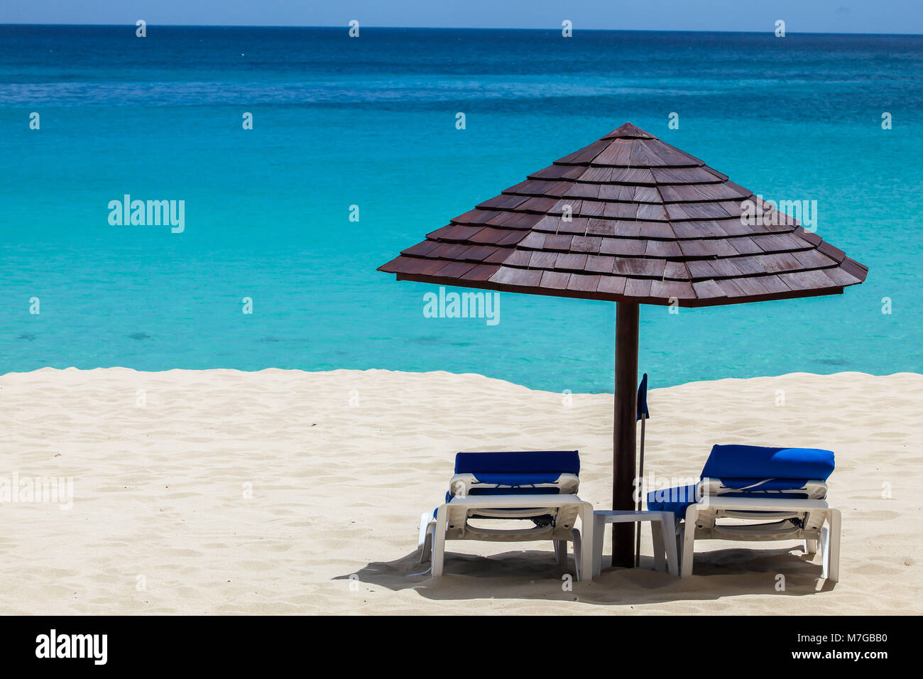 Paradise beach view with ocean - Stock Image