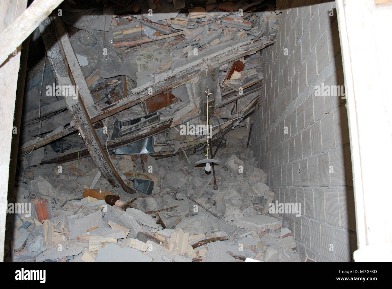 Interior of a damaged house by the earthquake, L'Aquila - Italy 2009. © Antonio Ciufo - Stock Image