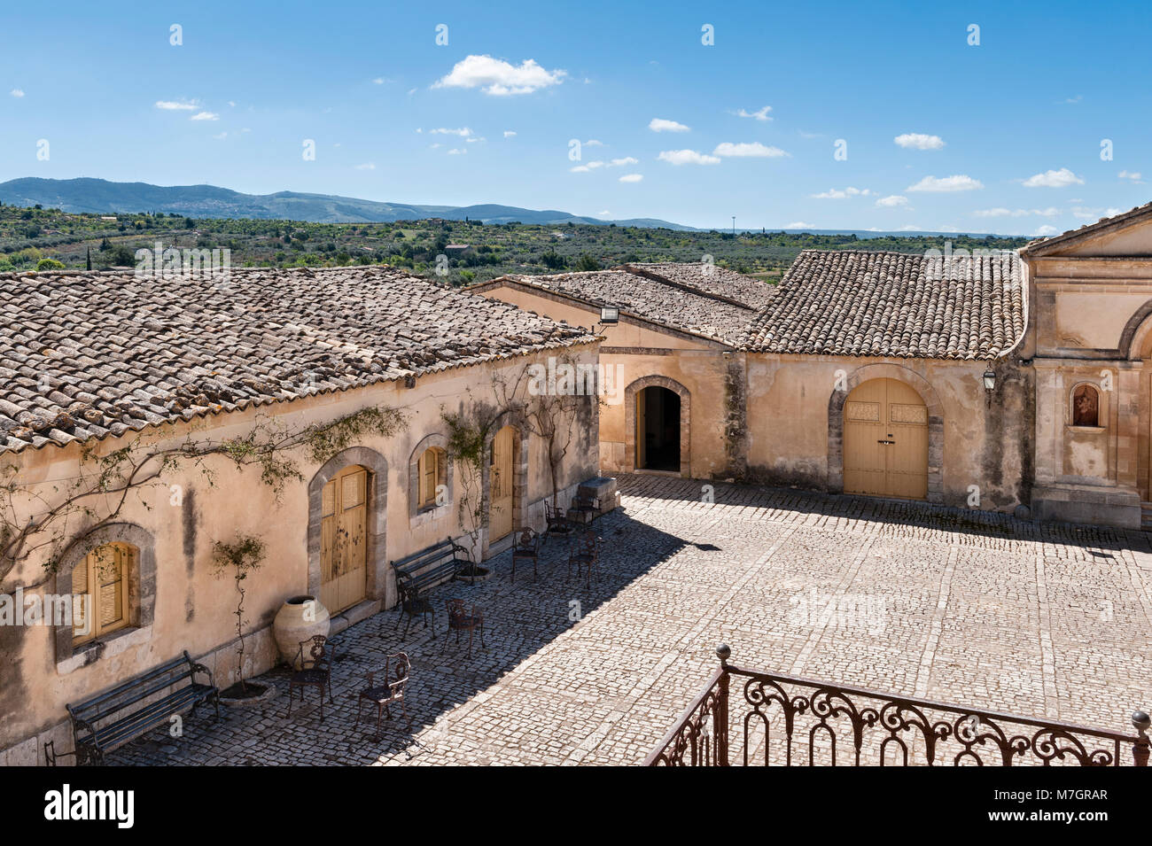 Chiaramonte Gulfi, Sicily, Italy. Villa Fegotto (used as a location for the Inspector Montalbano TV series) - Stock Image