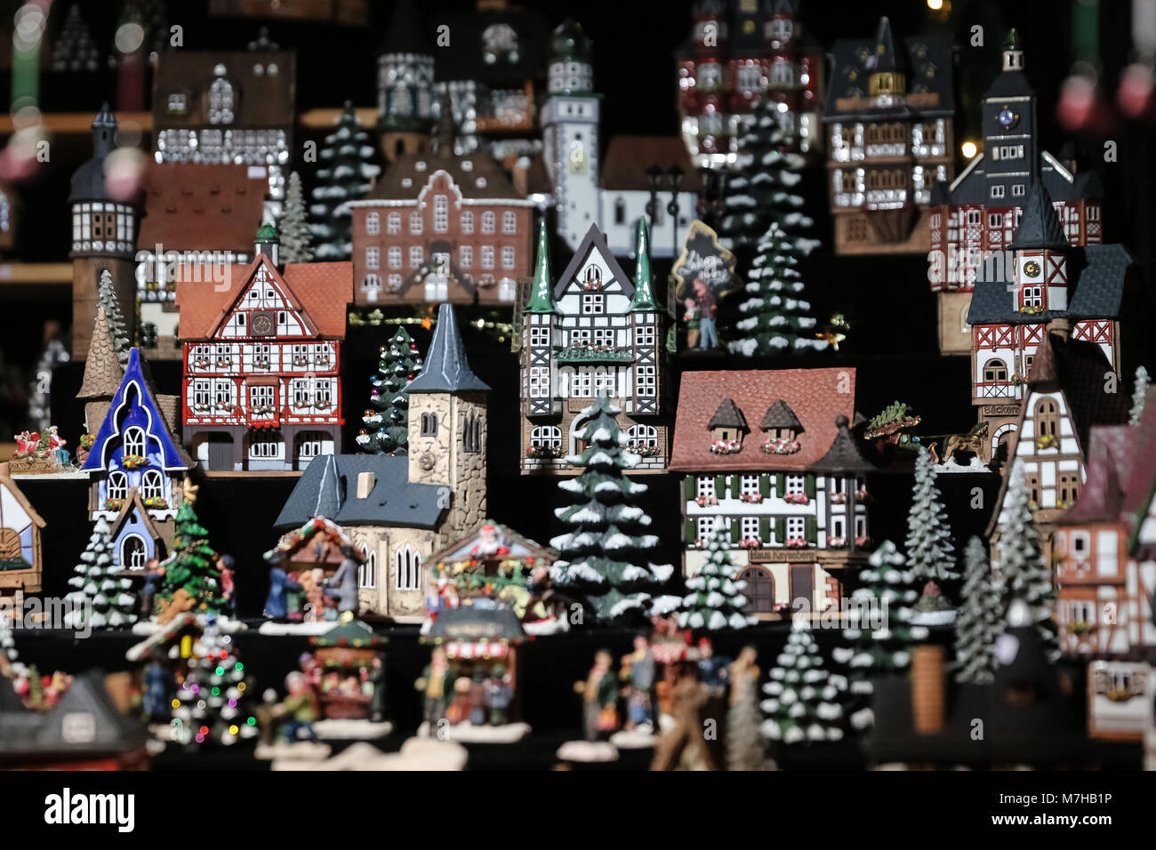 House Shaped Candle Holders in Neptunbrunnen Christmas Market, Berlin, Germany - Stock Image