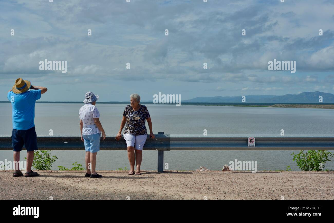 Old people discuss the dam storage changes over their life, Ross River Dam, Ross Dam Access, Kelso QLD, Australia - Stock Image