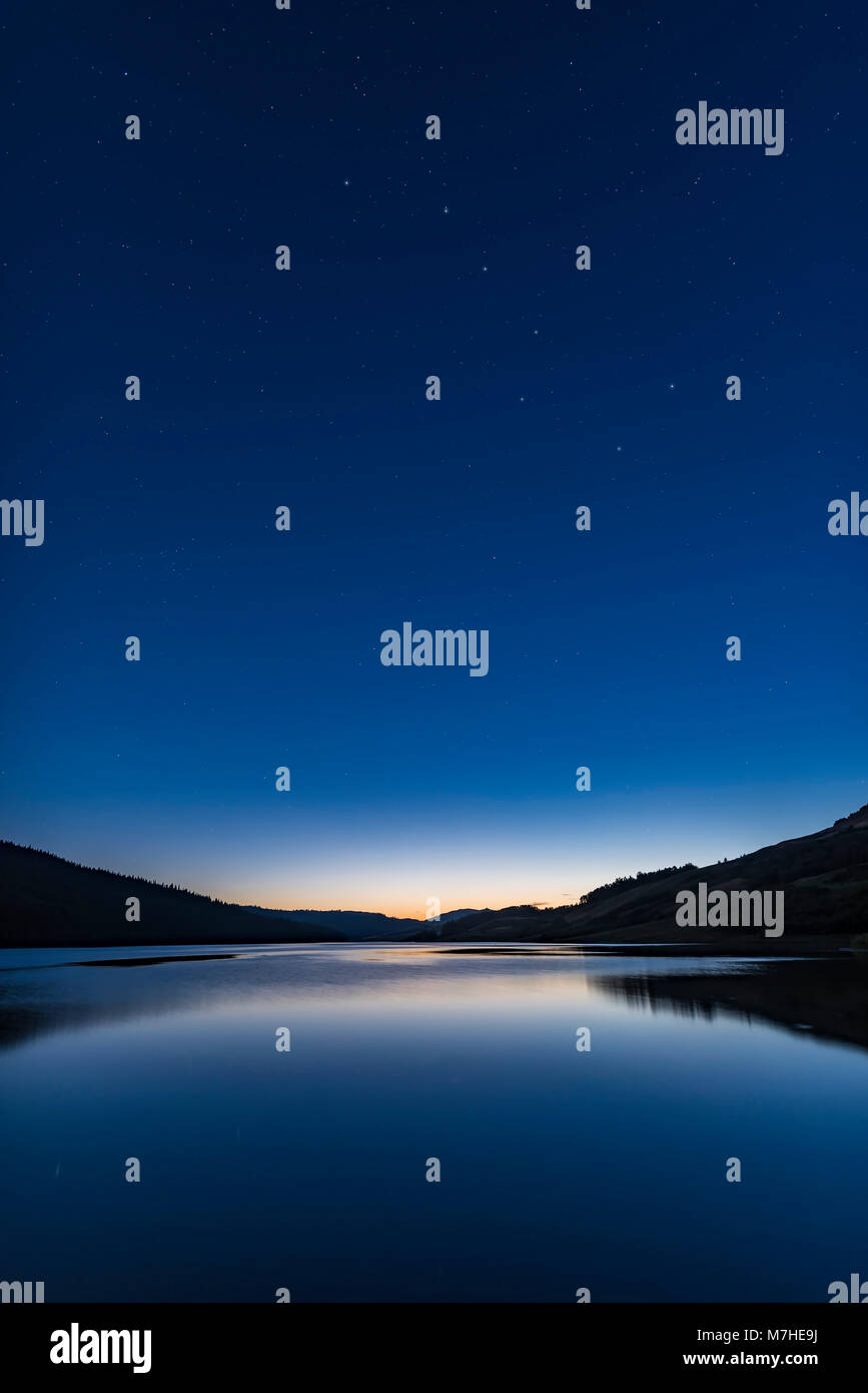 The Big Dipper in deep sunset twilight over Reesor Lake, Alberta, Canada. - Stock Image