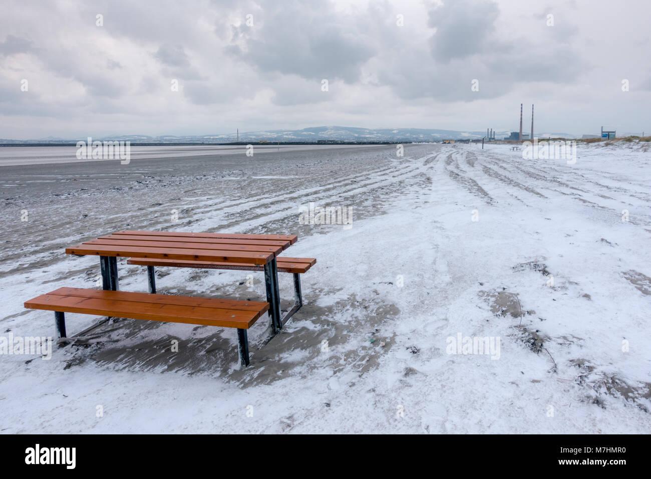 Winter on the beach in Ireland - Stock Image
