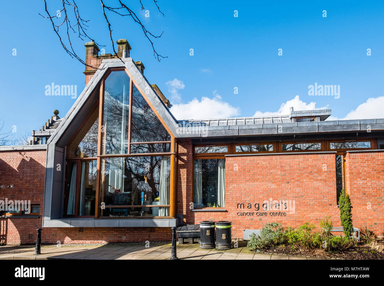 External view of Maggie's Cancer Care Centre at Glasgow university, Scotland, United Kingdom - Stock Image