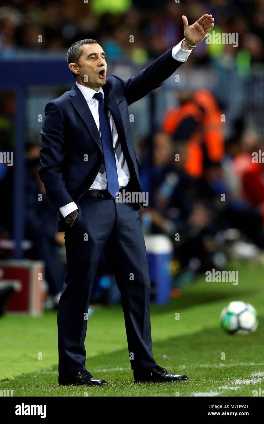 FC Barcelona's coach Ernesto Valverde during the Spanish First Stock on quique sanchez flores, kevin mirallas, roy carroll, david fuster, luciano galletti, franco costanzo, francisco javier peral periante, ljubomir fejsa, marcelo bielsa, javier clemente, unai emery,