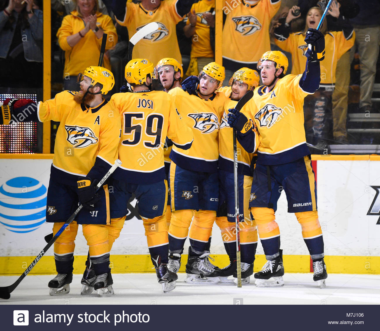 Bridgestone Arena. 10th Mar, 2018. USA Nashville Predators center Ryan Johansen (92) and his teammates celebrate - Stock Image