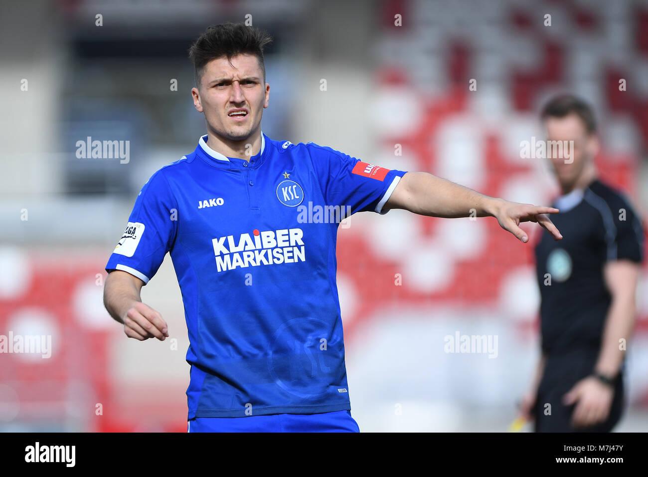 Erfurt, Deutschland. 11th Mar, 2018. Marcel Mehlem (KSC). GES/ Fussball/ 3. Liga: RW Erfurt - Karlsruher SC, 11.03.2018 - Stock Image