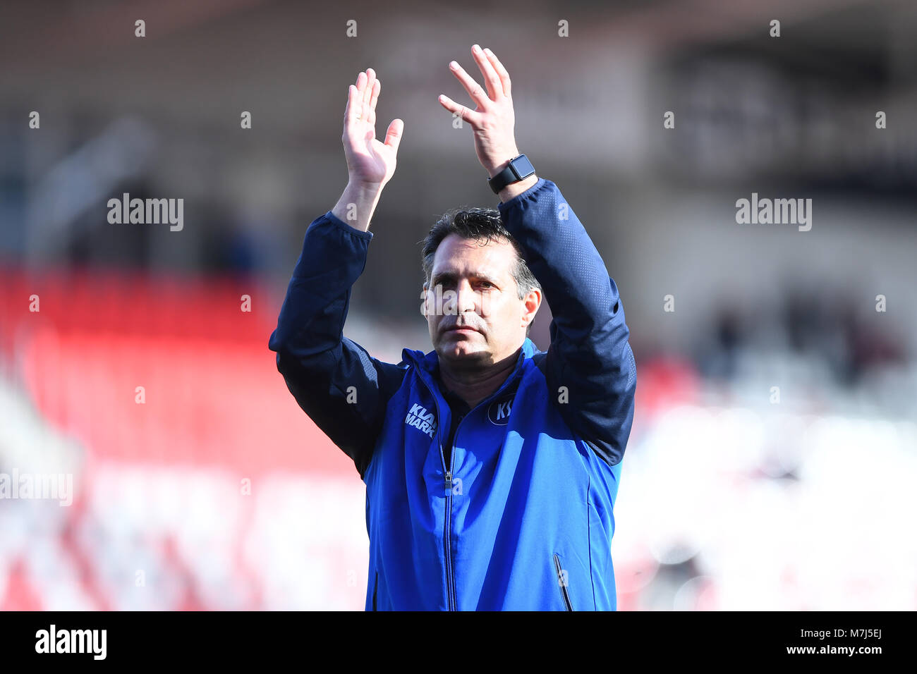 coach Alois Schwartz (KSC) bedankt sich after dem Spiel bei den Fans.  GES/ Fussball/ 3. Liga: RW Erfurt - Karlsruher - Stock Image