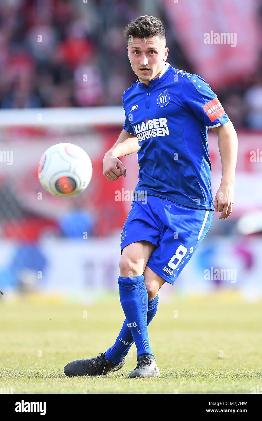 Marcel Mehlem (KSC).  GES/ Fussball/ 3. Liga: RW Erfurt - Karlsruher SC, 11.03.2018  Football / Soccer: 3rd League: Stock Photo