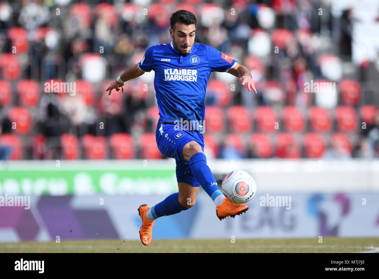 Burak Camoglu (KSC).  GES/ Fussball/ 3. Liga: RW Erfurt - Karlsruher SC, 11.03.2018  Football / Soccer: 3rd League: Stock Photo
