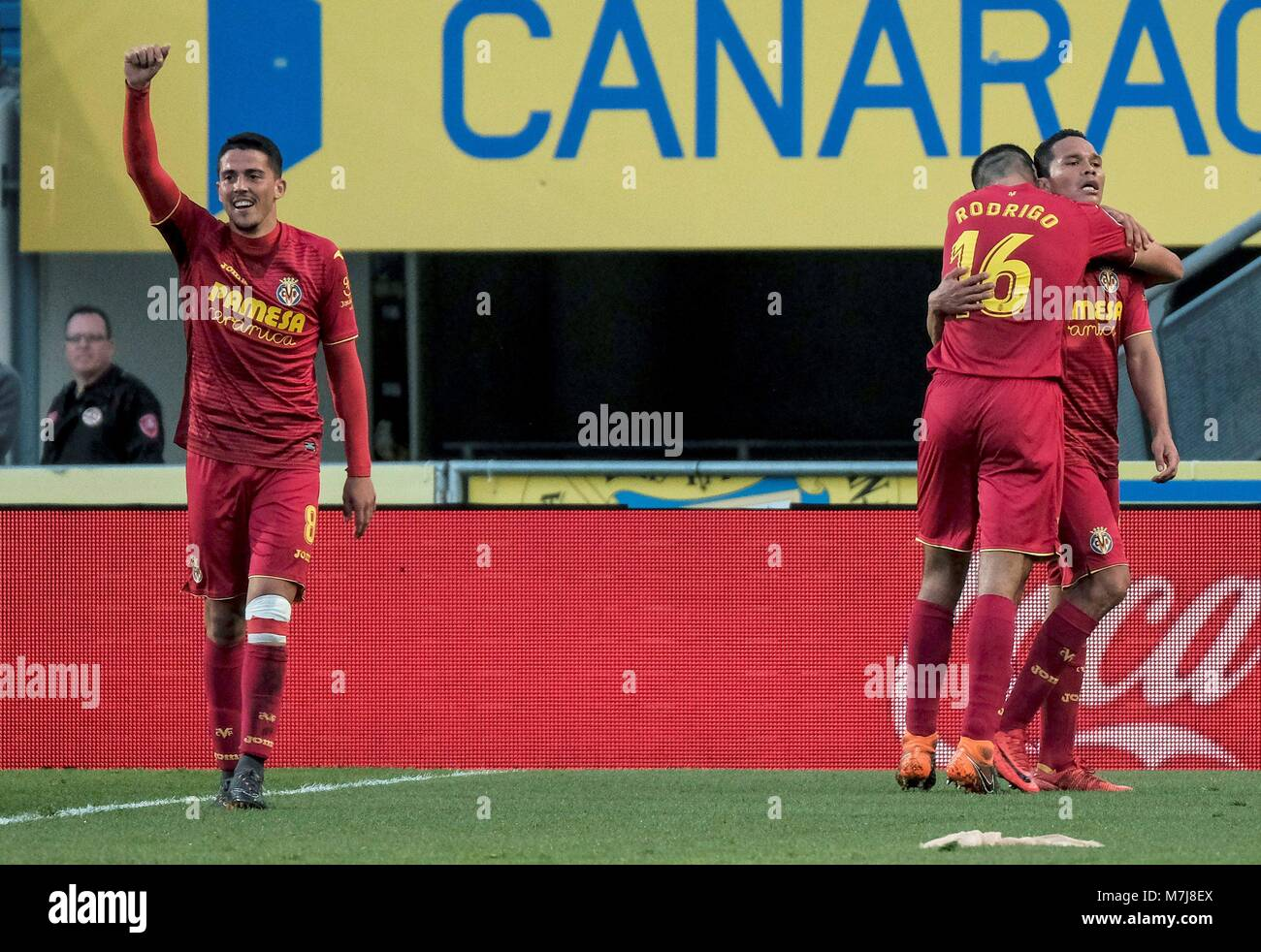 Villareal CF s Colombian striker Carlos Bacca (R) celebrates with teammates  after scoring against UD 9364718843ebc