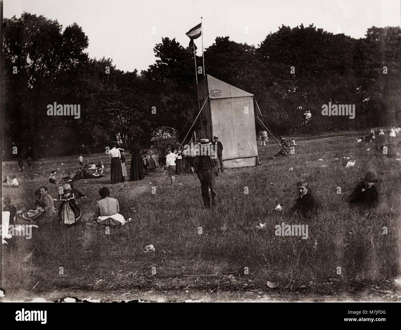 Zille, Heinrich - Kinder und Kinderspielplätze, Kasperltheater am Lietzensee-Park (Zeno Fotografie) - Stock Image