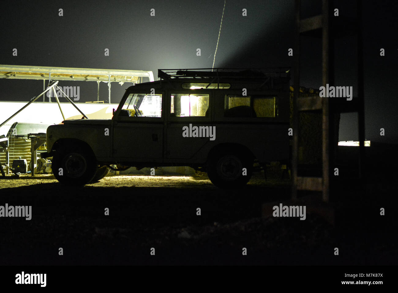 Land Rover 4x4 vehicles in Smara Saharawi refugee camp. - Stock Image