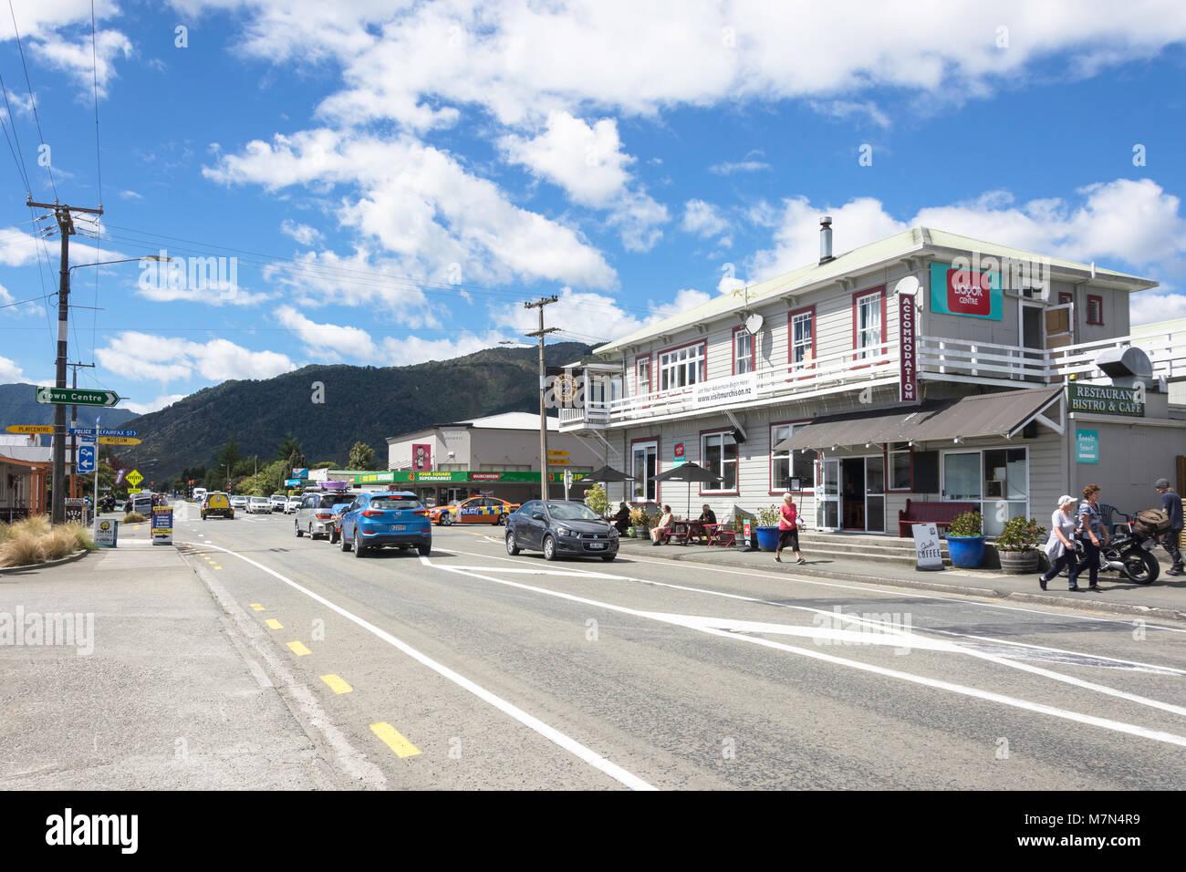 Waller Street (State Highway 6), Murchison, Tasman Region, New Zealand - Stock Image
