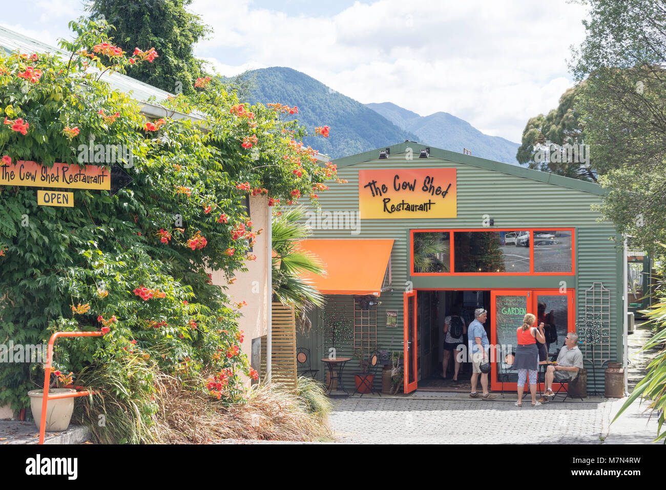 The Cow Shed Restaurant, Waller Street (State Highway 6), Murchison, Tasman Region, New Zealand - Stock Image