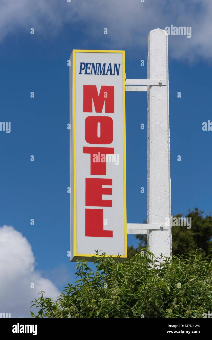 Penman Motel sign, Fairfax Street, Murchison, Tasman Region, New Zealand - Stock Image