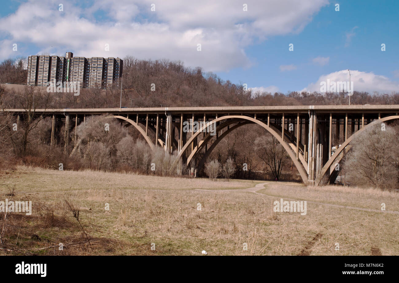 PITTSBURGH, PENNSYLVANIA 3-10-2018 Lower Frick Park on Commercial Avenue Stock Photo