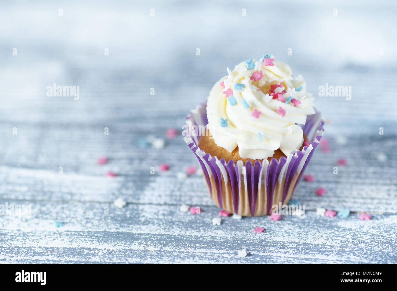 Biscuit cupcakes in paper form - Stock Image