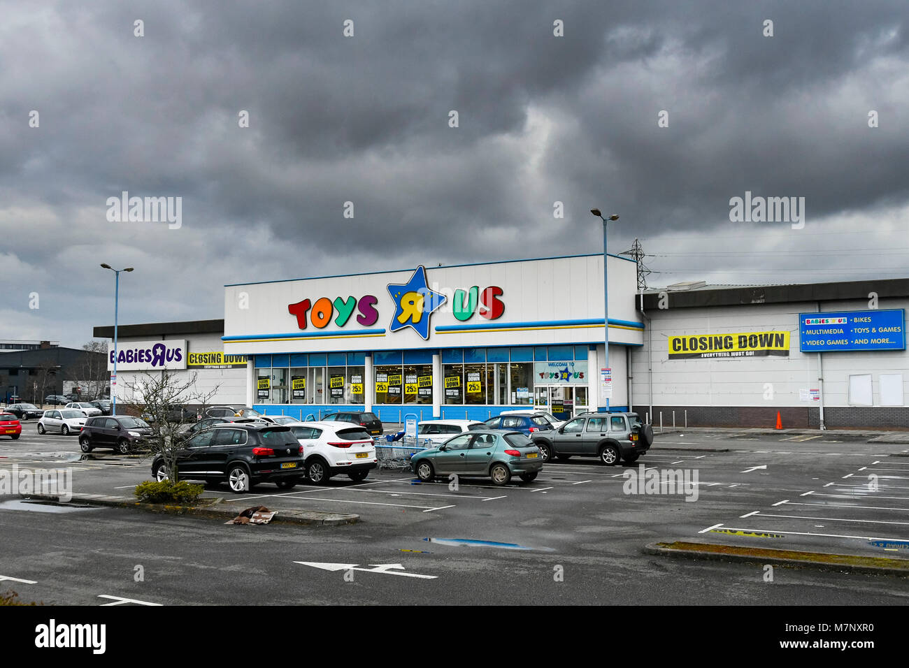 Toy Superstore Stock Photos & Toy Superstore Stock Images - Alamy