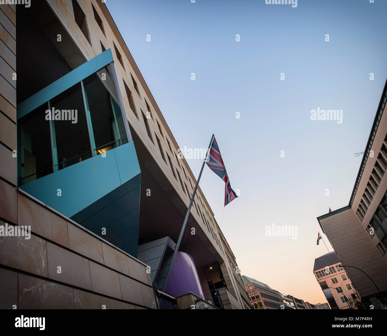 Berlin,Mitte,British Embassy building, exterior & facade,Union flag against blue sky - Stock Image