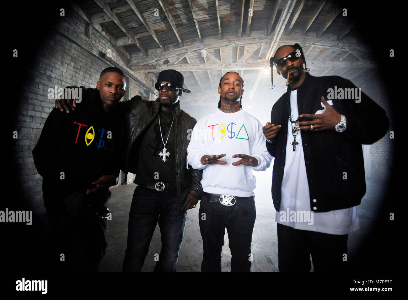 L R Yg 50 Cent Ty Dolla Sign And Snoop Dogg On Set Portrait At Stock Photo Alamy