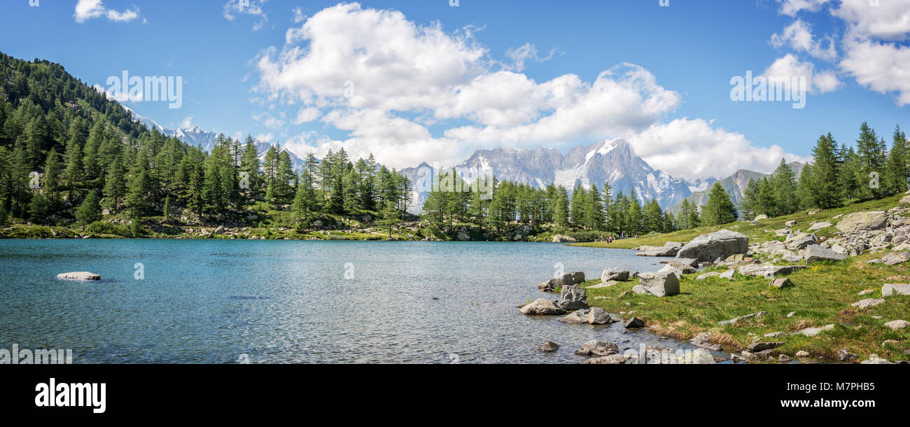 Arpy lake, Monte Bianco (Mont Blanc) in the background, Gran Paradiso National park, Aosta Valley in the Alps, Italy - Stock Image