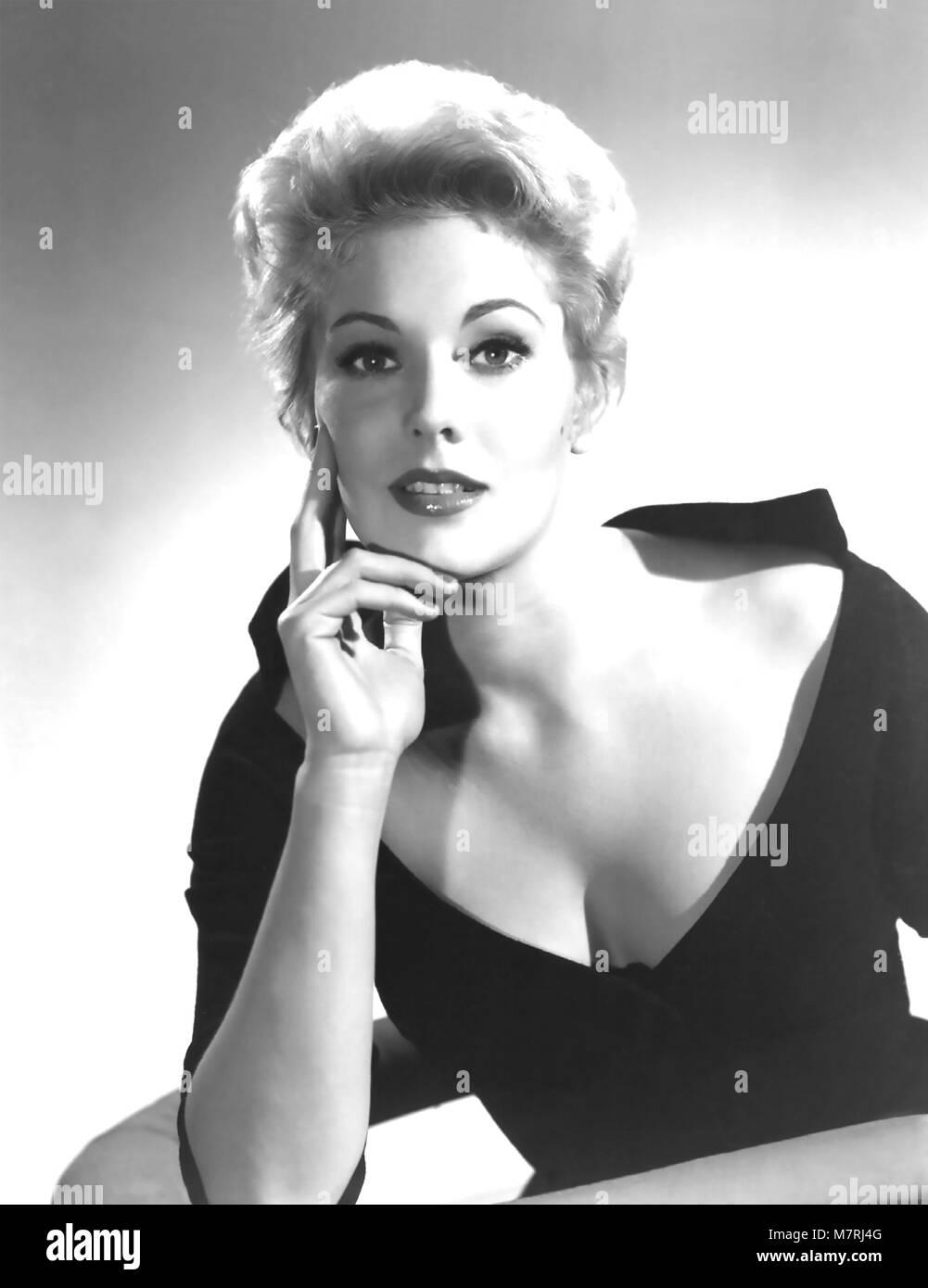 KIM NOVAK American film actress about 1958 - Stock Image