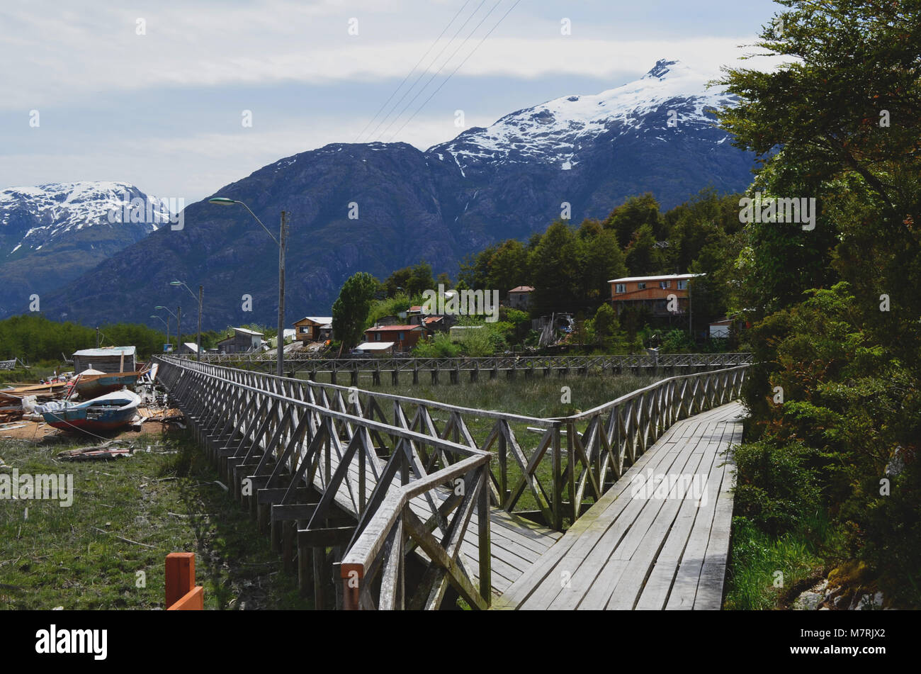 Caleta Tortel, a tiny coastal hamlet located in the midst of Aysen (Southern Chile)'s fjords - Stock Image