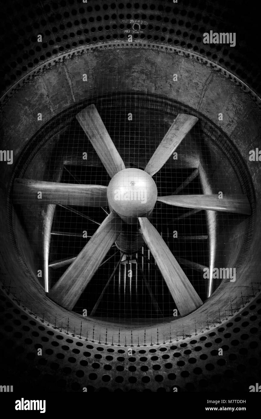 Wind Tunnel Stock Photos & Wind Tunnel Stock Images