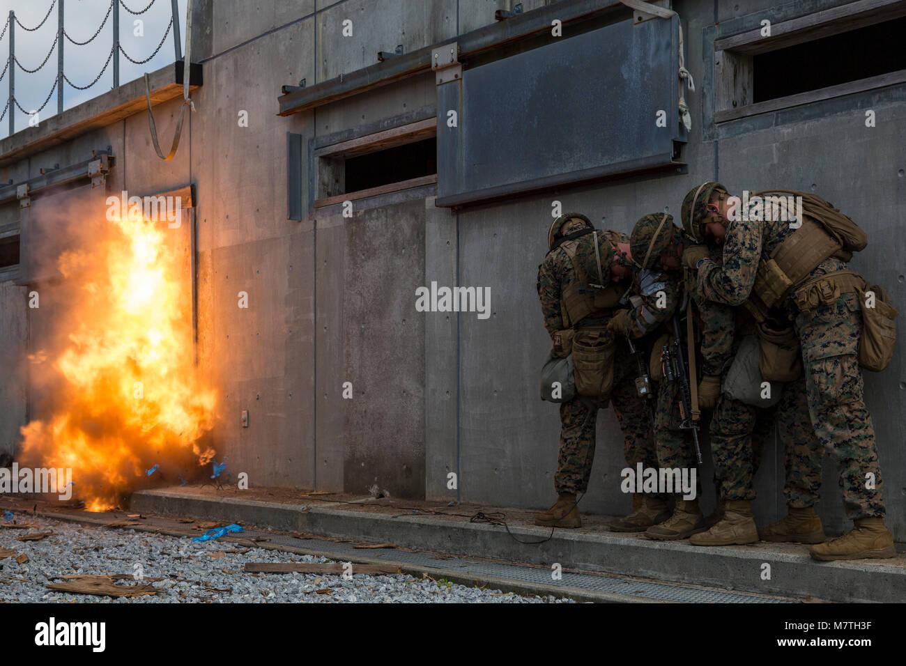 Combat engineers with Battalion Landing Team, 1st Battalion, 1st Marines, 31st Marine Expeditionary Unit, detonate - Stock Image