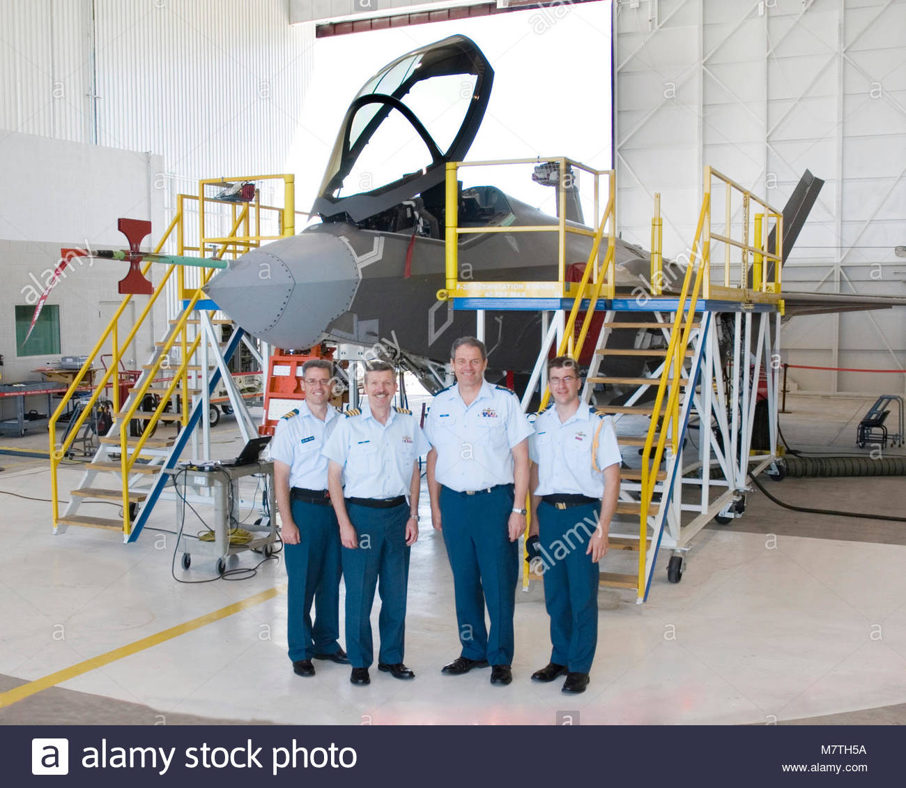 CAS Visit. Lt-General Steve Lucas, Chief Air Staff, and Colonel Dave C. Burt, Director Air Requirement, pose in - Stock Image