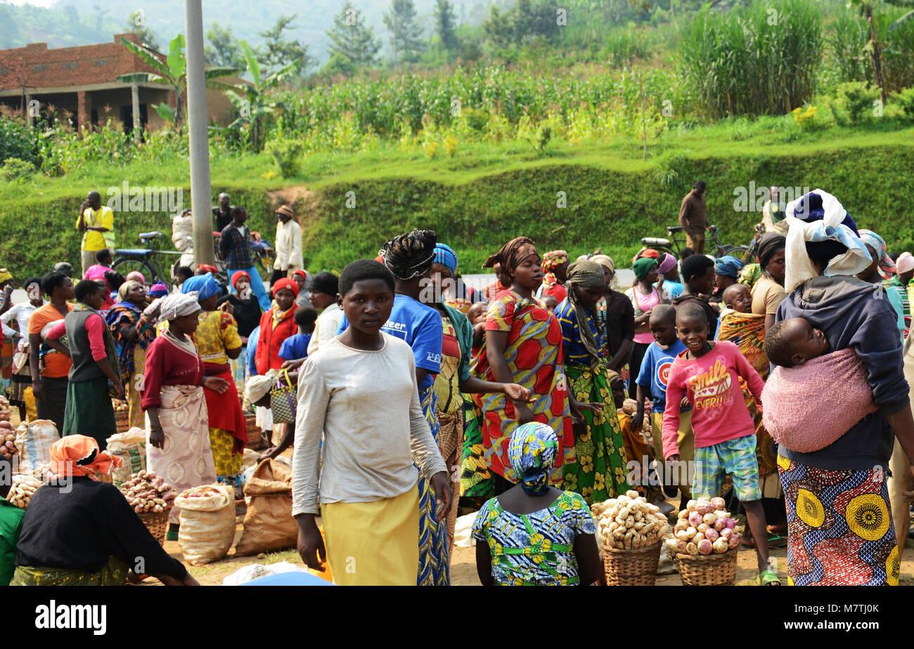 A vibrant market in north west Rwanda. - Stock Image