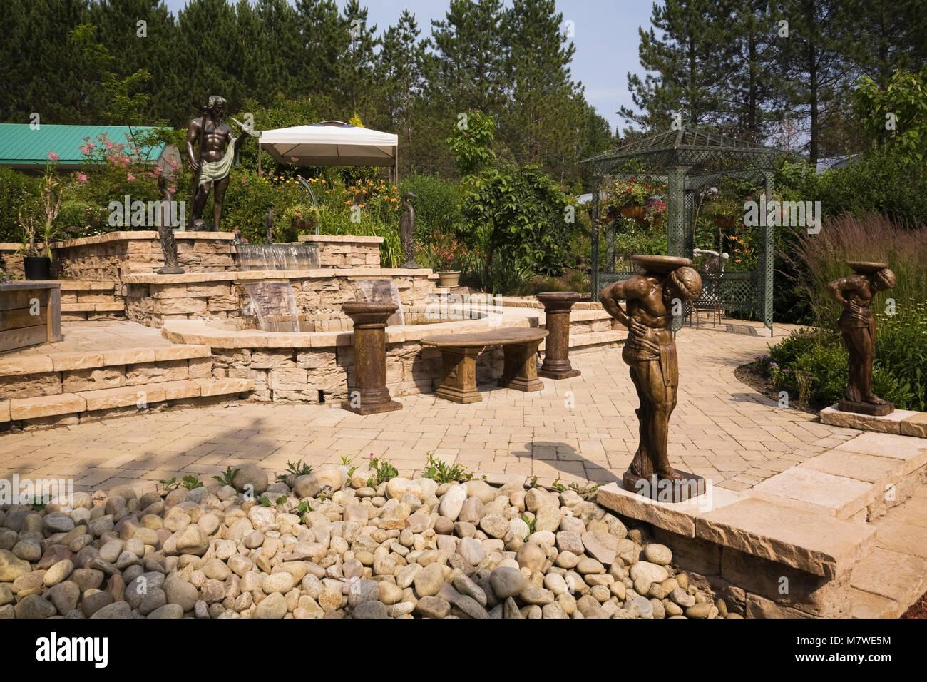 Paving Stones Garden Stock Photos & Paving Stones Garden Stock ...