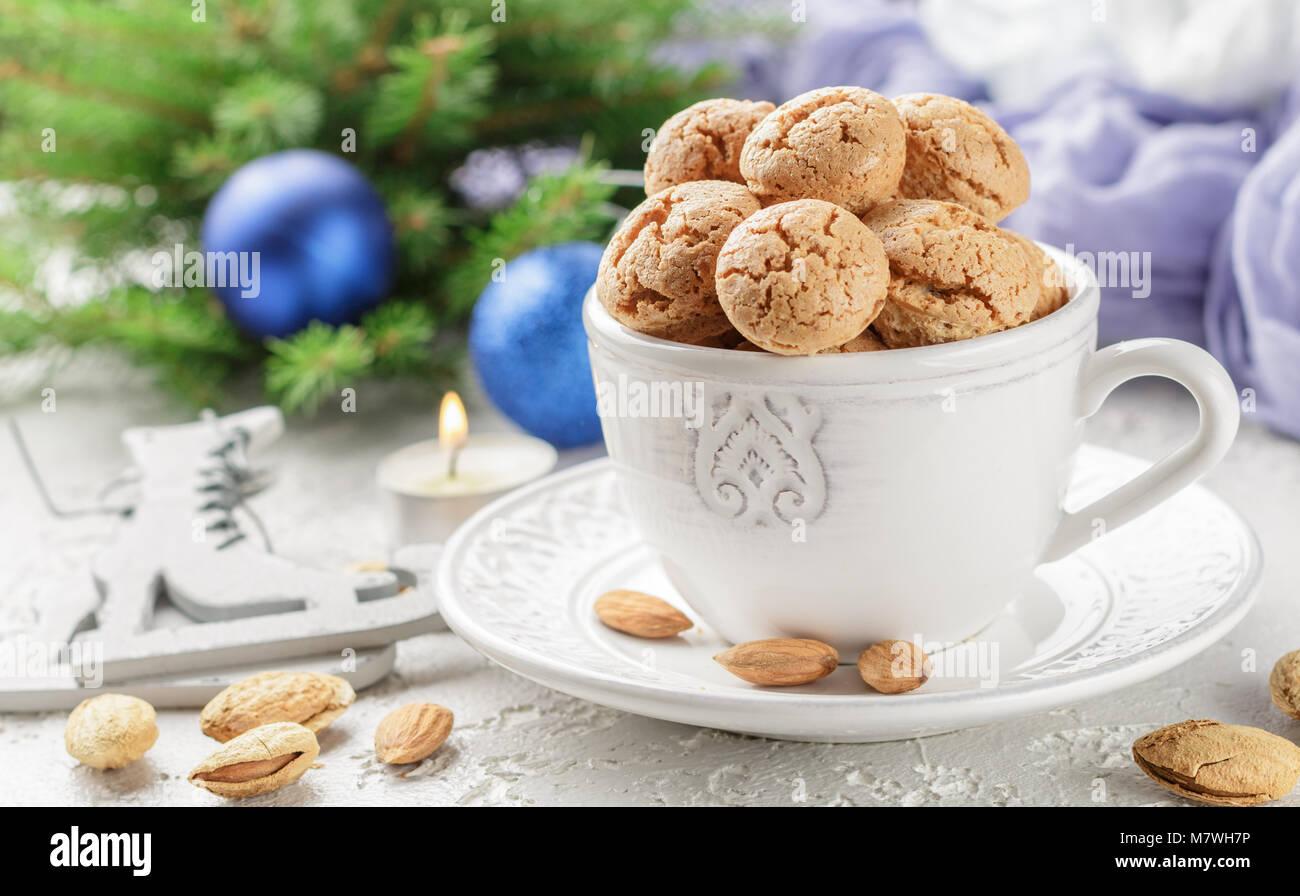 Traditional Italian Christmas Cake Food Stock Photos & Traditional ...