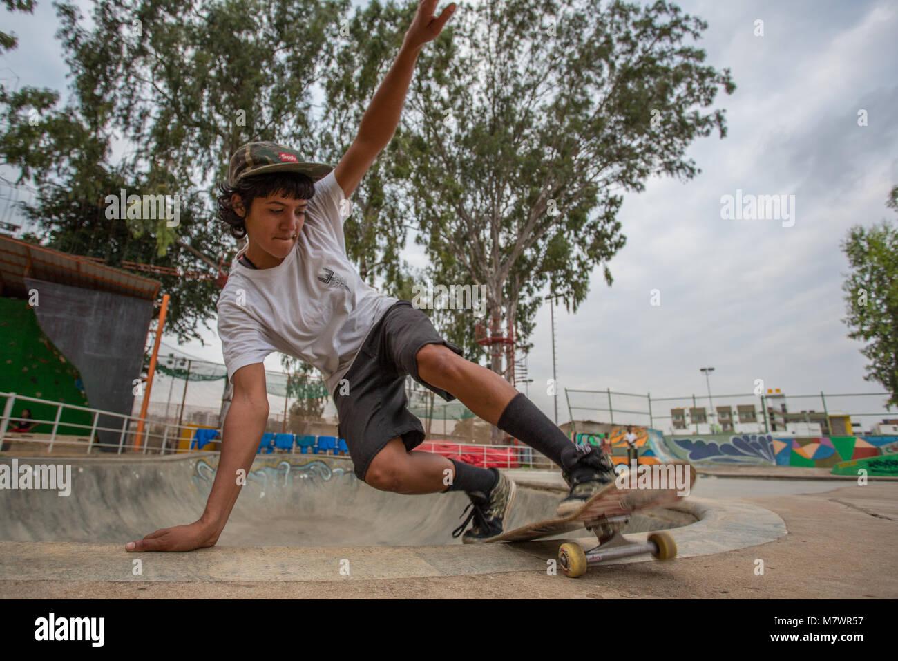 Atita Verghese, founder of Girl Skate India, skating in a park in Bangalore in 2015 - Stock Image