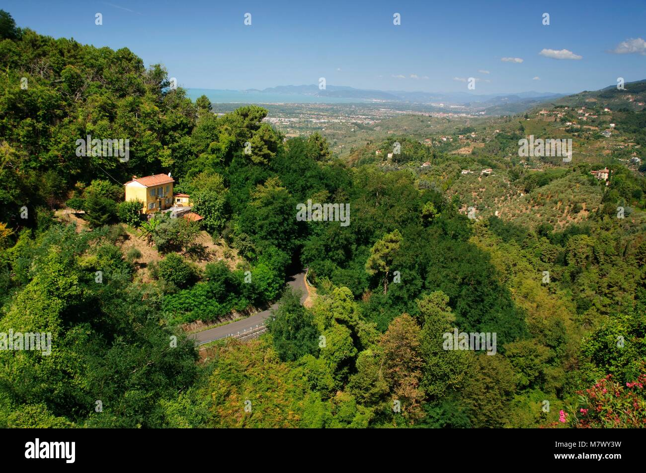 Scenic view from a hill in Tuscany - Stock Image