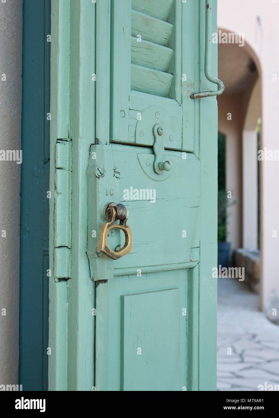 Behind The Green Door Stock Photos Amp Behind The Green Door