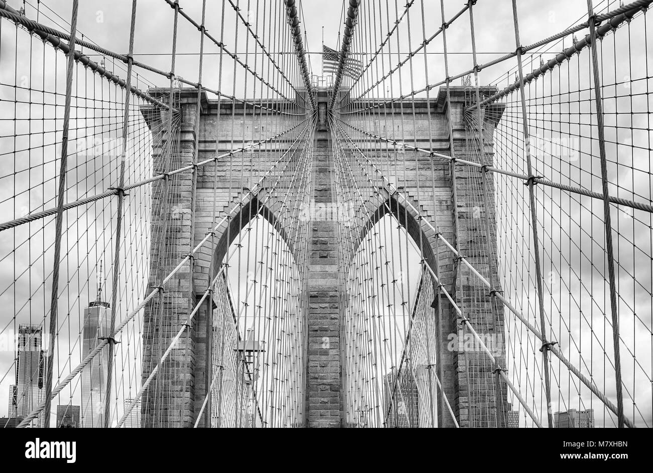 Black and white picture of the Brooklyn Bridge, New York City, USA. - Stock Image