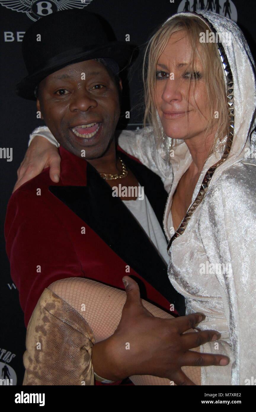 Birgit Stein (Ex-Frau von Schauspieler Jürgen Prochnow) und Sqeezer Sänger Jim Reeves (†) Los Banditos-Party im Stock Photo
